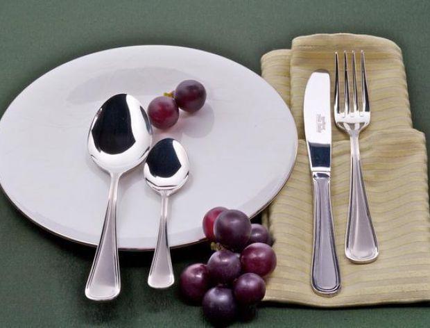 Tradycyjne sztućce - łyżka, nóż, widelec