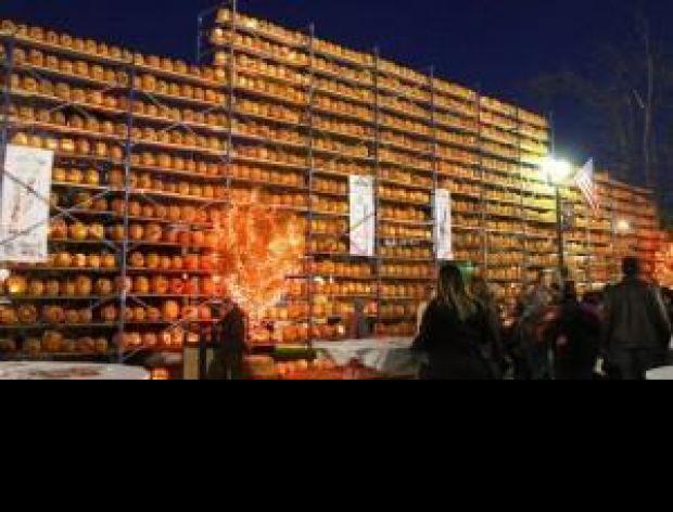Wystawa lampionów z dyni