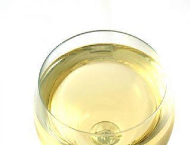 Z jakimi potrawami podawać wina białe i różowe