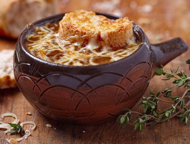 Aromatyczna zupa cebulowa