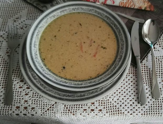 Czysta zupa grzybowa wigilijna