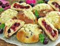 Bułeczki z wiśniami