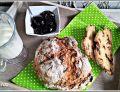 Chleb na sodzie jabłkowo - rodzynkowy