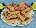 Ciasto rabarbarowe z powidłami i kruszonką