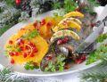 Cytrusowy pstrąg z owocową sałatką