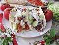 Domowa tortilla z miodowym kurczakiem i warzywami