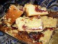 Drożdżowe ciasto owocowo-serowe z kruszonką