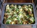 Karmazyn zapiekany z brokułami i kalafiorem