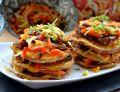 Kolorowe piramidki warzywne  w chińskim stylu