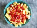 Lekka owocowa sałatka z granatem
