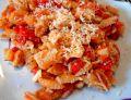 Makaron z sosem pomidorowo - paprykowym