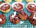 Muffinki buraczano-kokosowe z czekoladą i pestkami