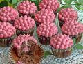 Muffinki czekoladowe z kremem malinowym
