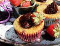 Muffiny migdałowe z truskawkami