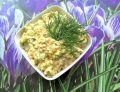 Pasta cukiniowa z kiełbasą i jajkami do pieczywa