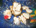 Pierniczki z lukrem z białek
