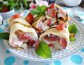 Ryżowe naleśniki z truskawkami i arbuzem