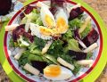 Sałatka z pieczonymi burakami, szparagami i jajkie