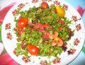 Sałatka z pomidorem, sałatą i ananasem