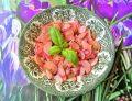 Smażona rzodkiewka z cebulą i czosnkiem
