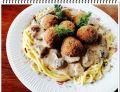Spaghetti Eli z pulpetami w sosie grzybowym