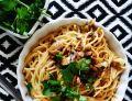 Spaghetti z sosem pieczarkowym-serowym