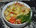 Surówka z młodej kapusty z pomidorami i ogórkami