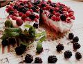 Torcik piankowy z owocami na zimno