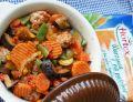 Warzywny gulasz z wieprzowymi klopsikami