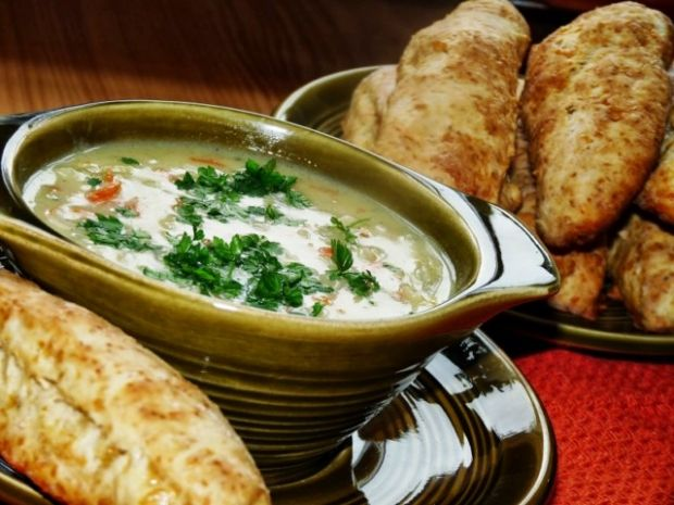 7 sprawdzonych przepisów na zupę cebulową