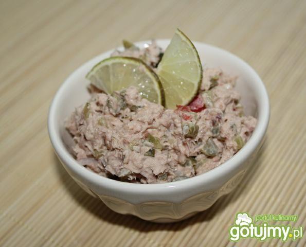 Amerykańska sałatka z tuńczyka