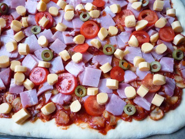 Aromatyczna pizza