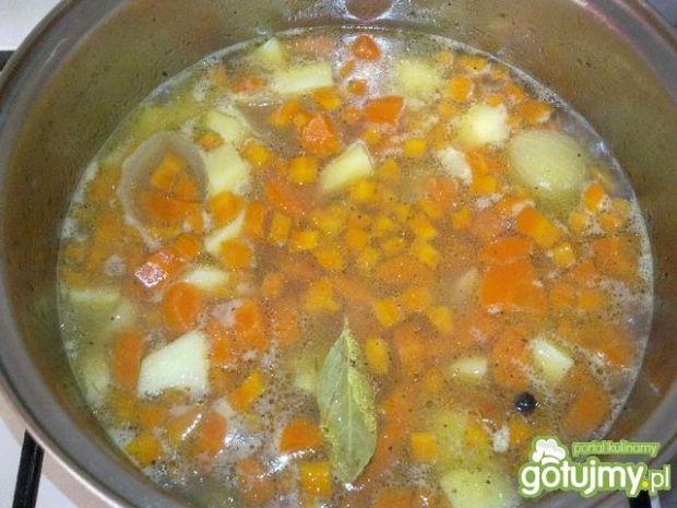 Aromatyczna zupa marchewkowa
