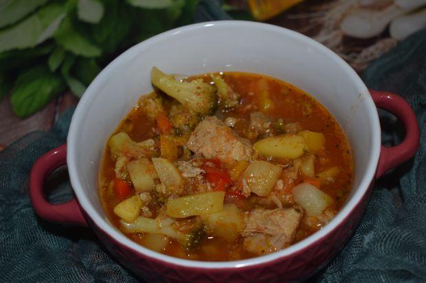 Aromatyczna Zupa Napoli