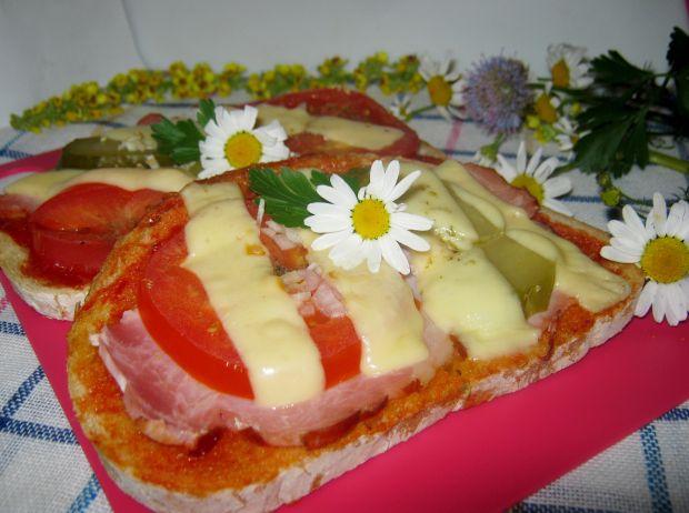Aromatyczne kanapki na ciepło