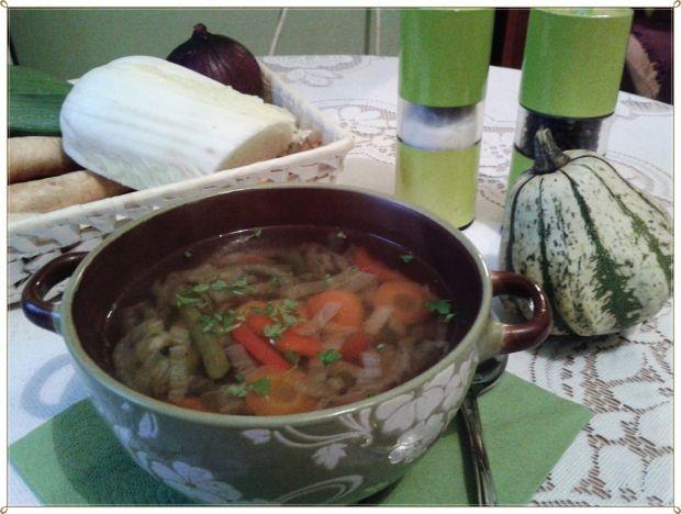 Azjatycka zupa w polskim stylu