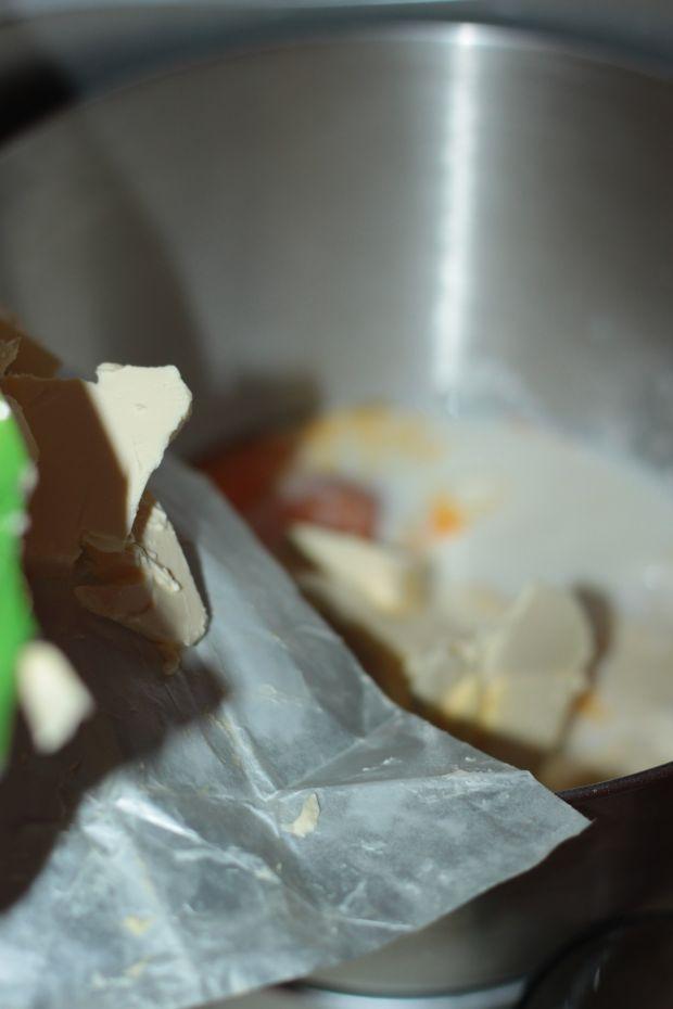 Babeczka Wielkanocna o smaku cytrynowym
