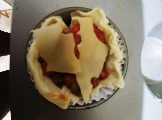 Babeczki z ciasta francuskiego na słono