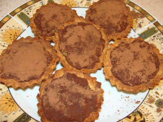 Babeczki z masą z awokado i czekolady