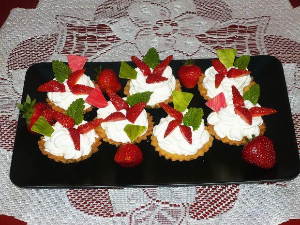 Babeczki z truskawkami