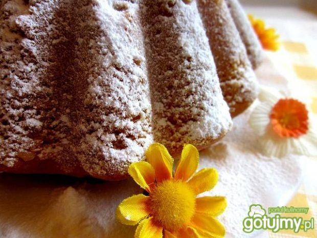 Babka piaskowa o smaku cytrynowym