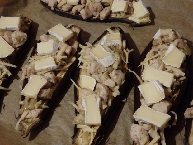 Bakłażany faszerowane kurczakiem i camembertem
