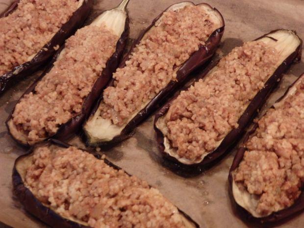 Bakłażany faszerowane mięsem i kaszą bulgur