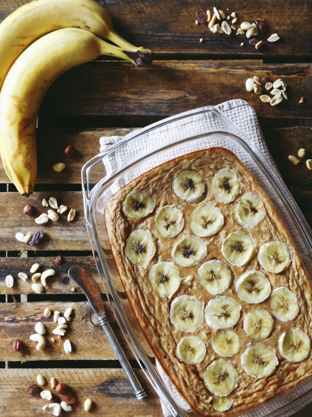 Bananowa owsianka pieczona z cynamonem