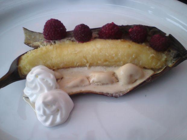 Banany z grilla z owocami