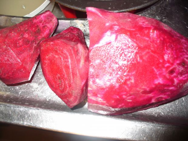 Barszcz czerwony z  serwatką
