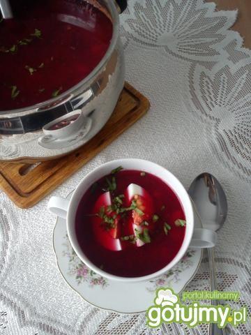 Barszczyk ukraiński z chrzanową nutą