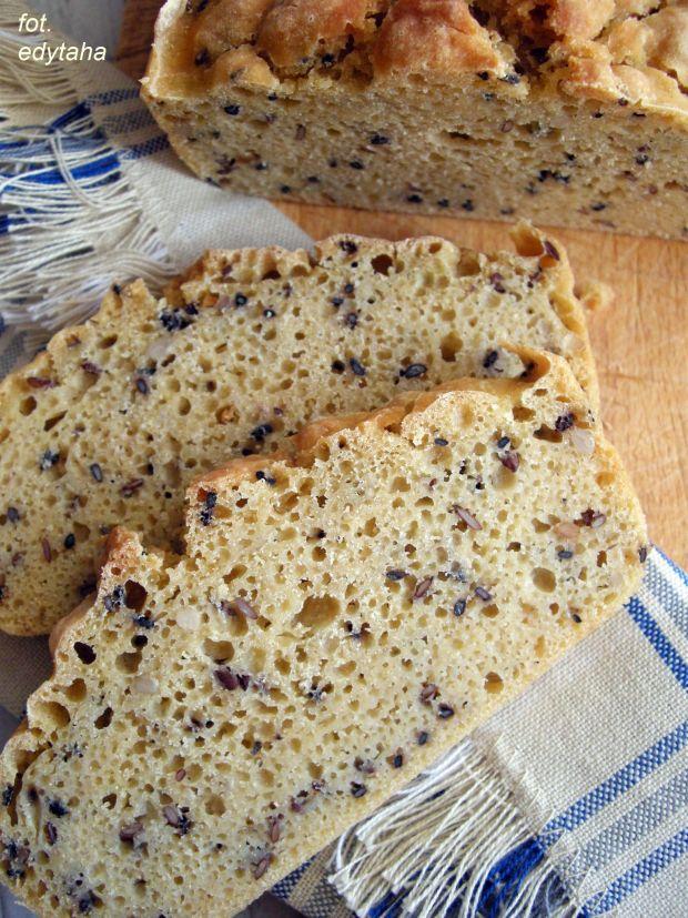 Bezglutenowy chleb ryżowo kukurydziany