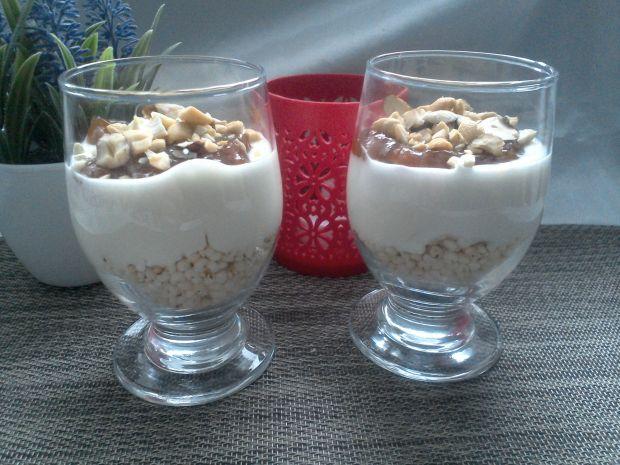 Bezglutenowy pucharek śniadaniowy