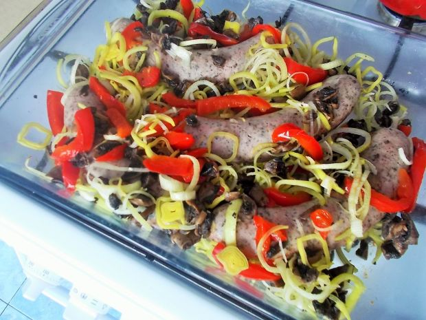 Biała kiełbasa z warzywami